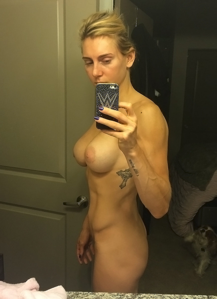 nude wwe superstar