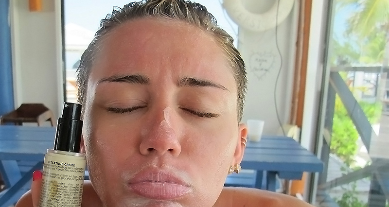 Miley cyrus blowjob