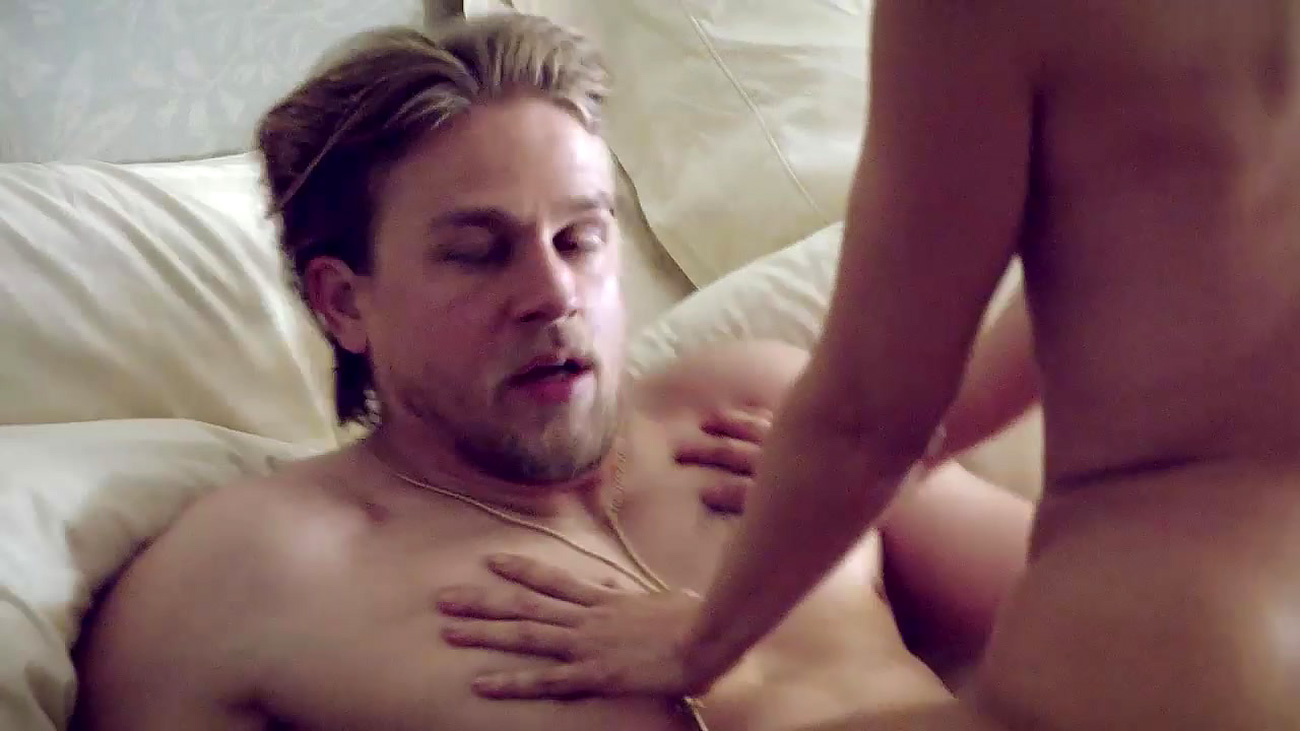 Kim dickens rides a guy in sons of anarchy scandalplanet 9