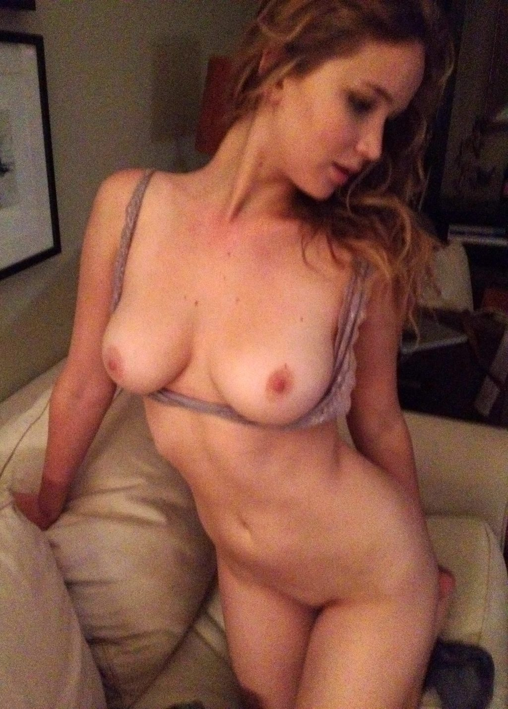 Average looking housewifes naked pictures