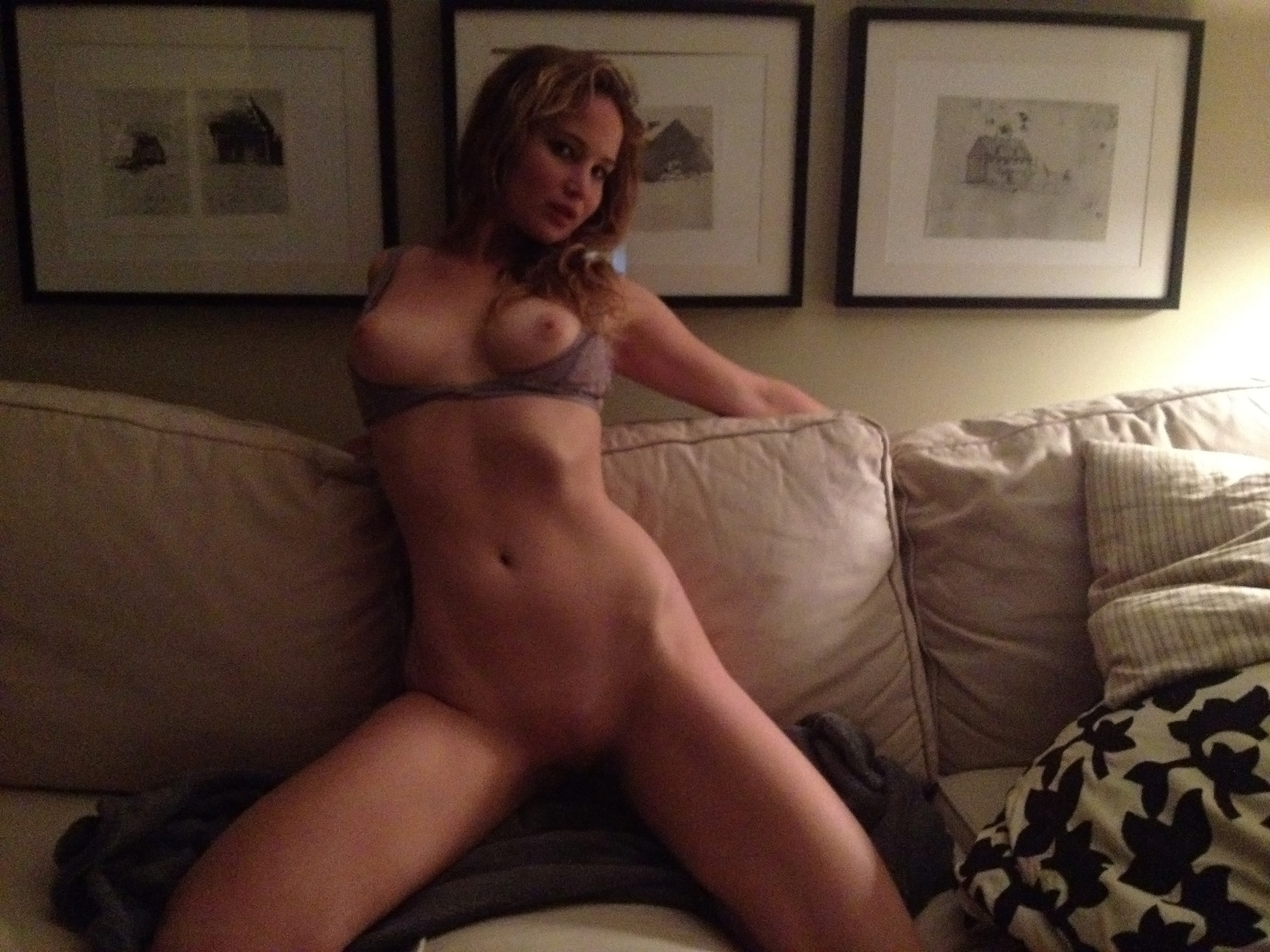 Jennifer lawrence naked pictures