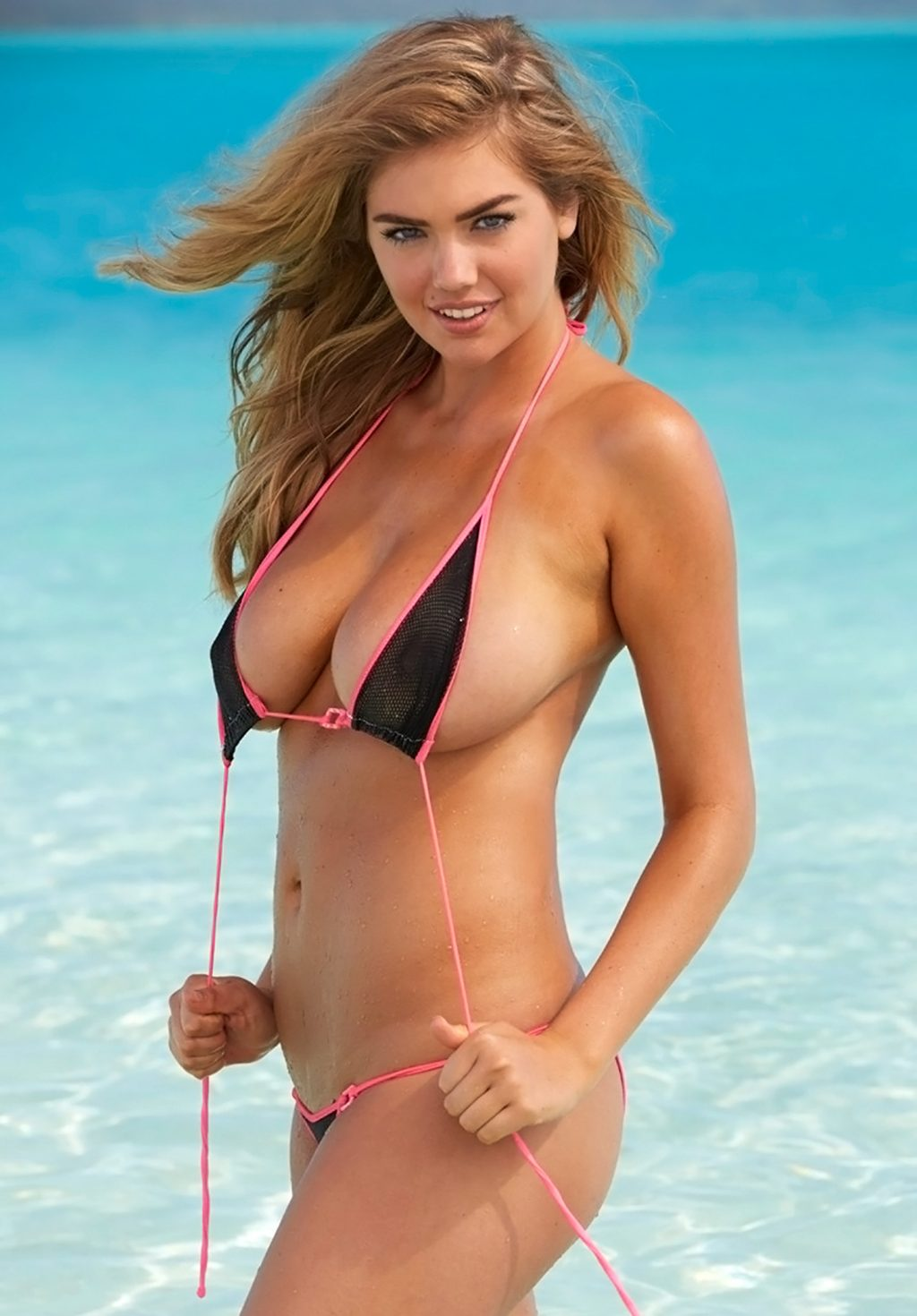 Kate Upton Boobs Are Out Of This World - ScandalPost