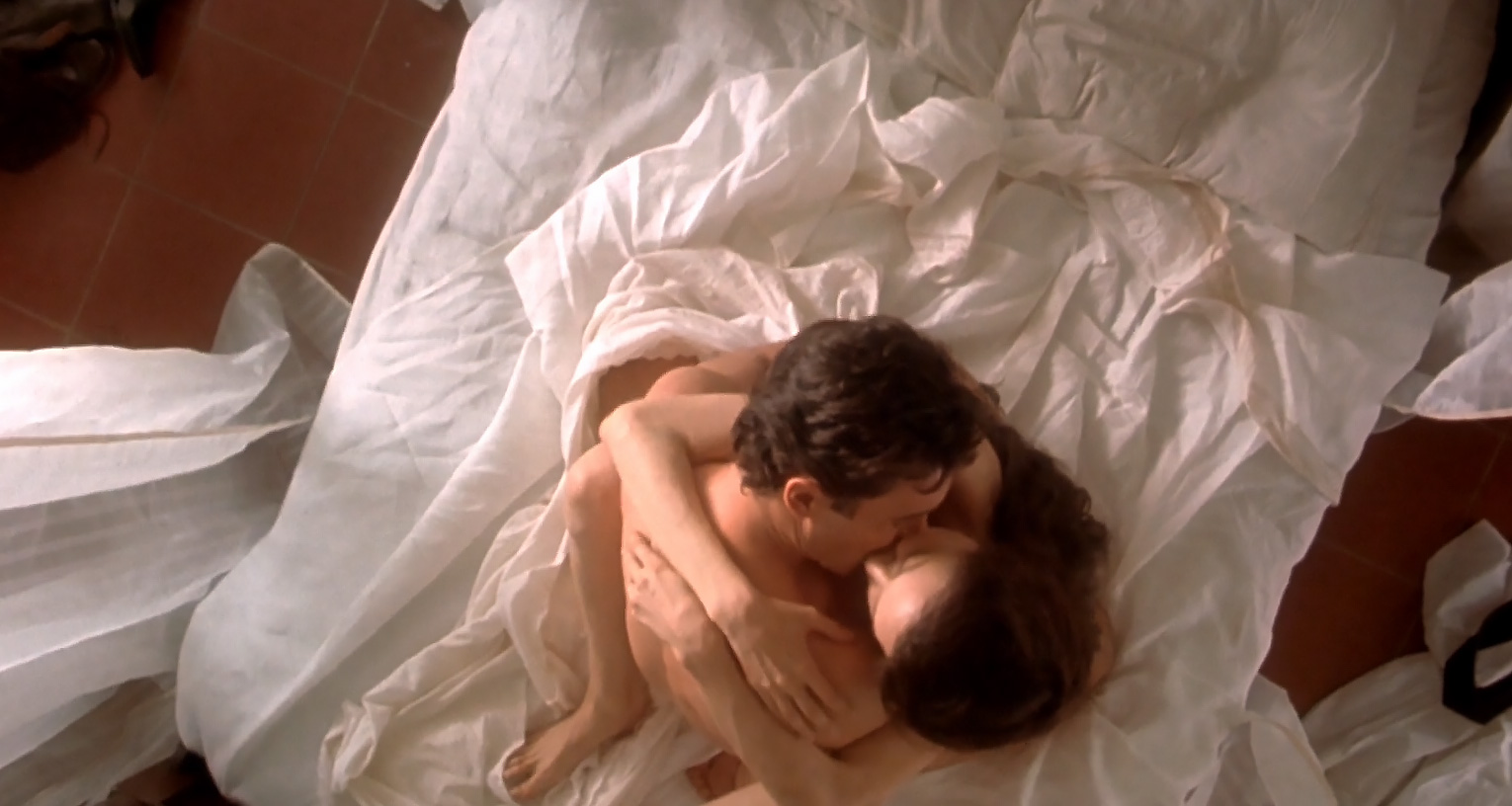 angelina-jolie-in-sex-scenes