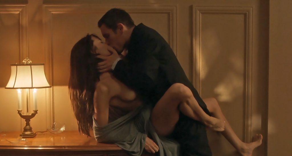 Angelina jolie nude scenes