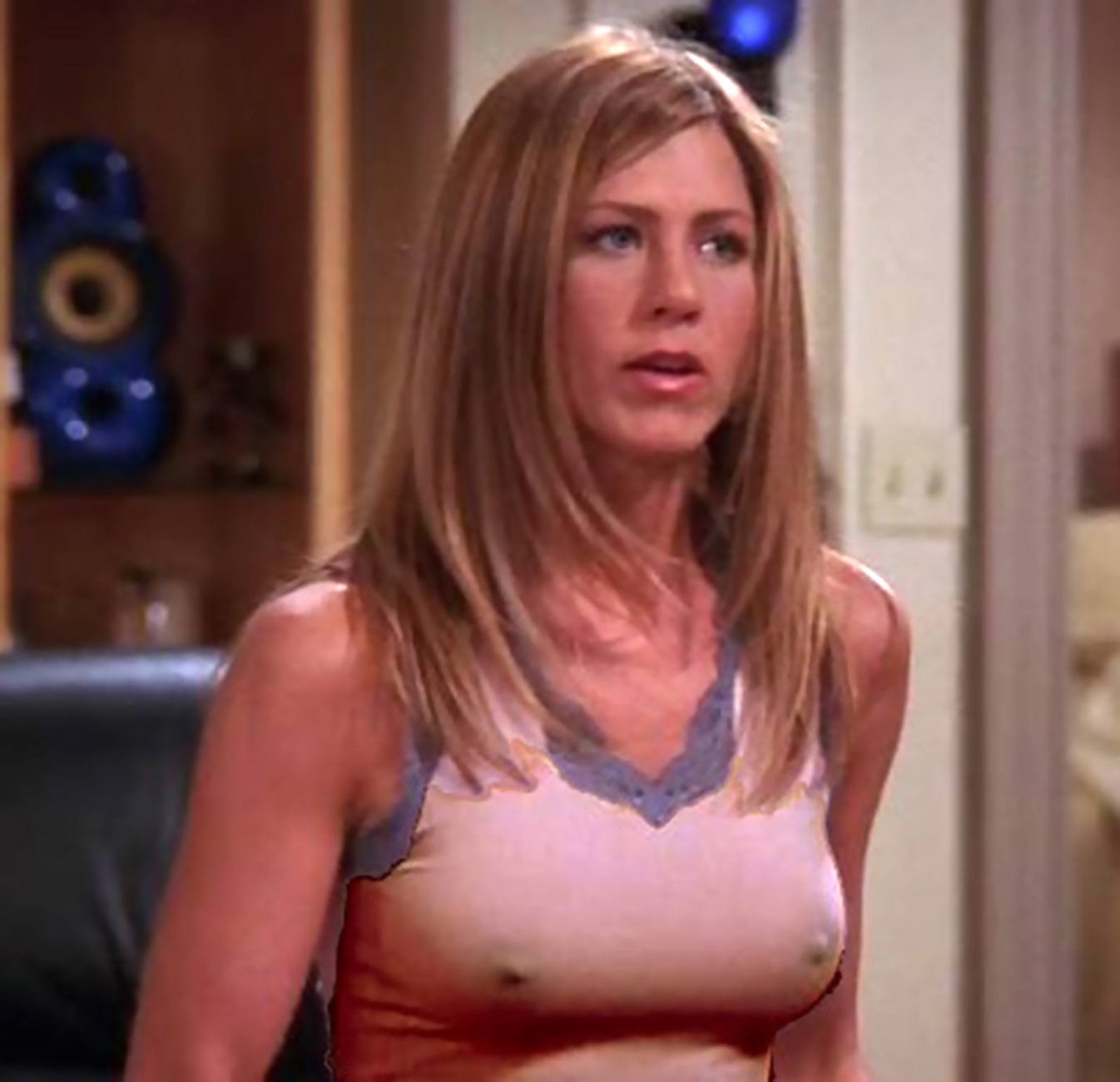 Jennifer aniston bare tits