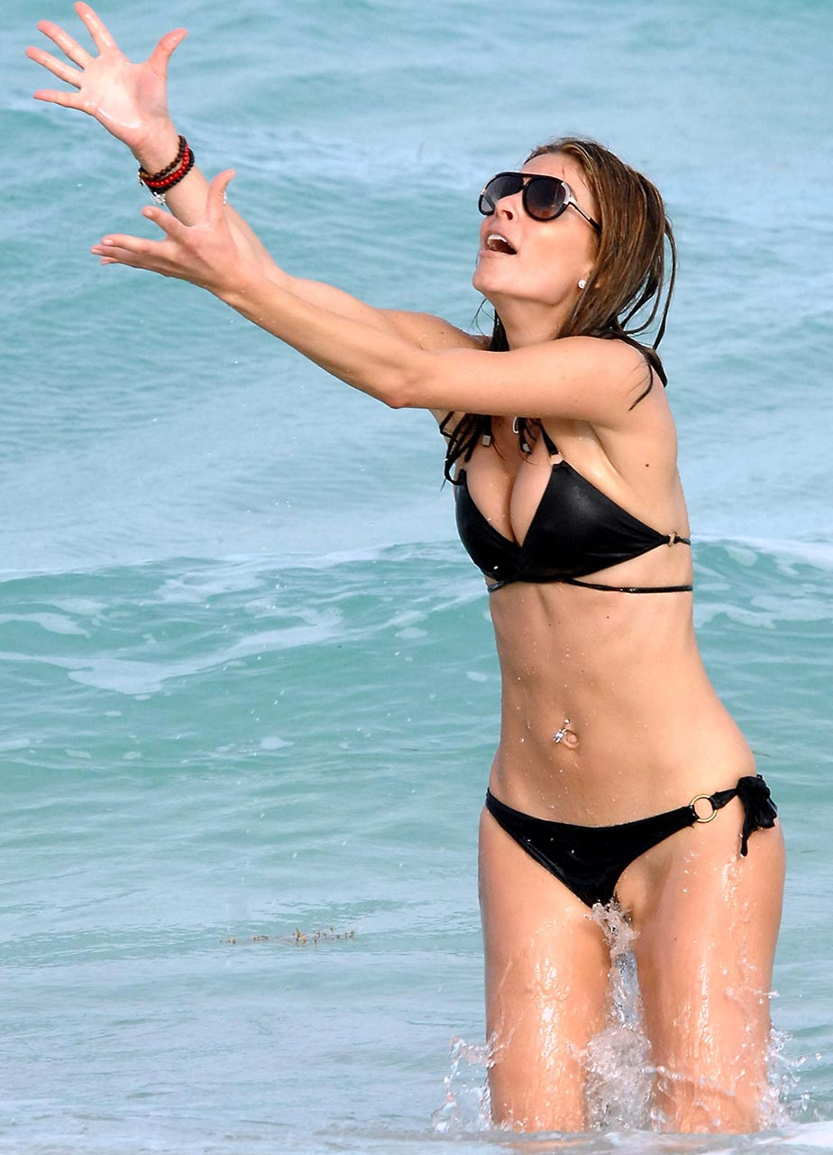 Katie holmes full frontal