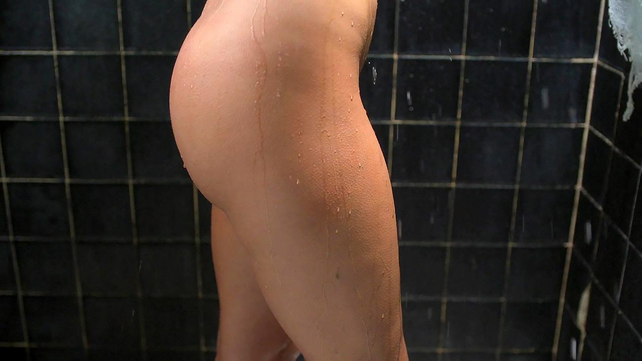 Mature naked petite ebony