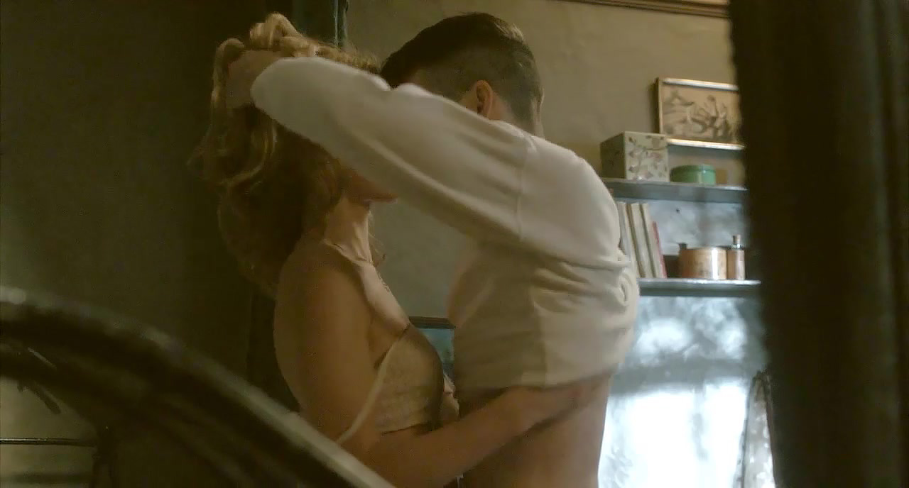 Annabelle Wallis hot sex in a guy`s lap. A great nude sex scene from Peaky  Blinders.