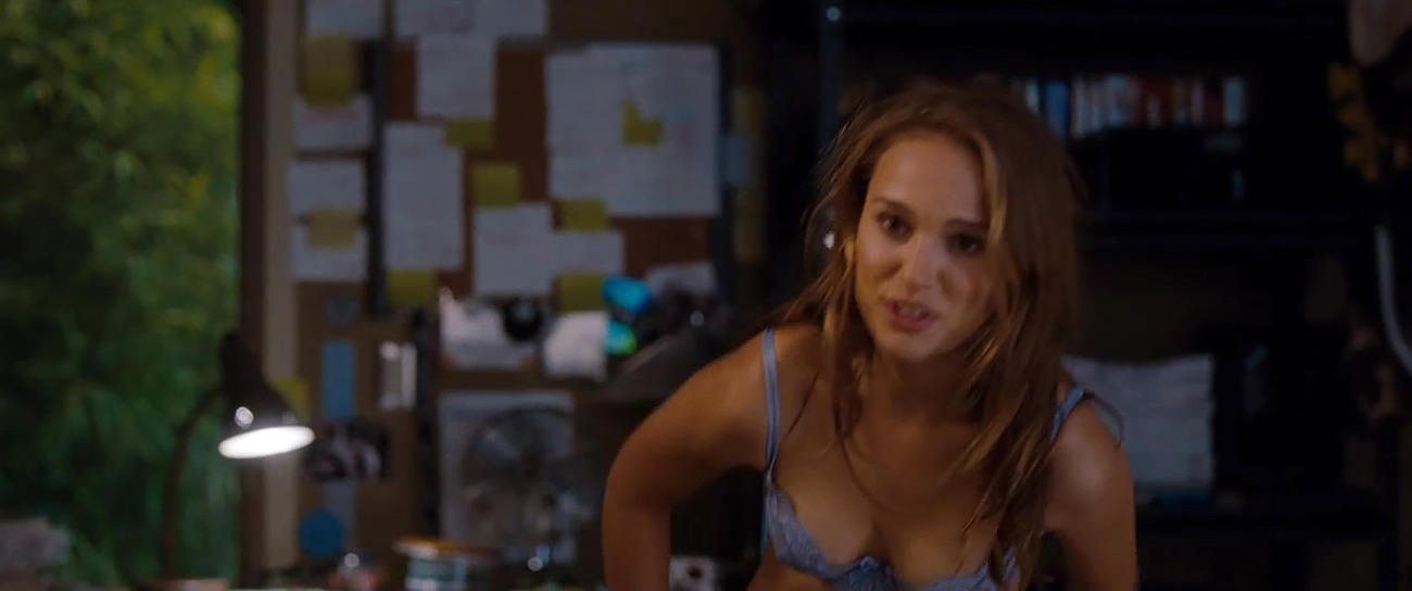 natalie portman naked ass from no strings attached - scandalpost