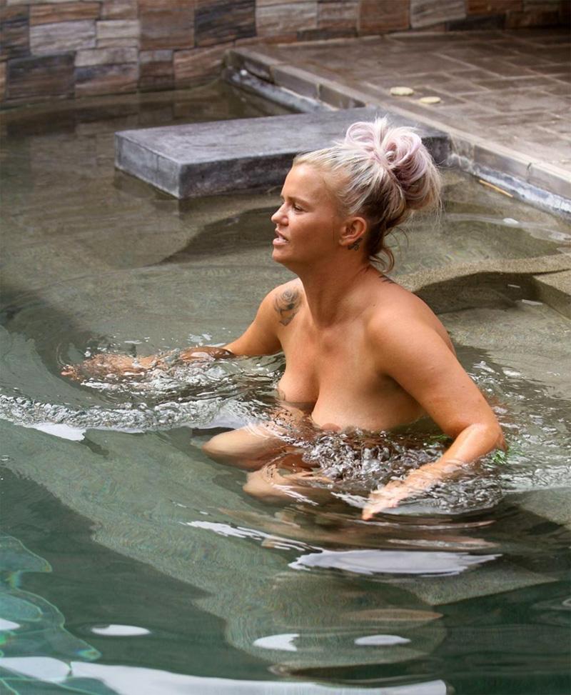 Kerry Katona Naked Photos - Huge Saggy Tits - Scandalpost-1373
