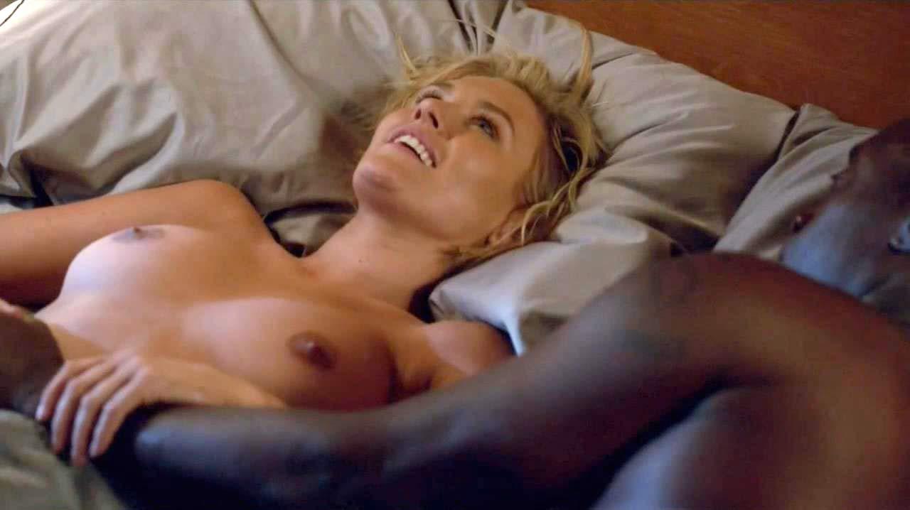 Hall pass nude scenes