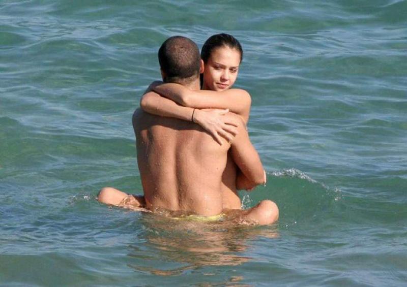 jessica alba nude pussy on paparazzi pics ! - scandalpost