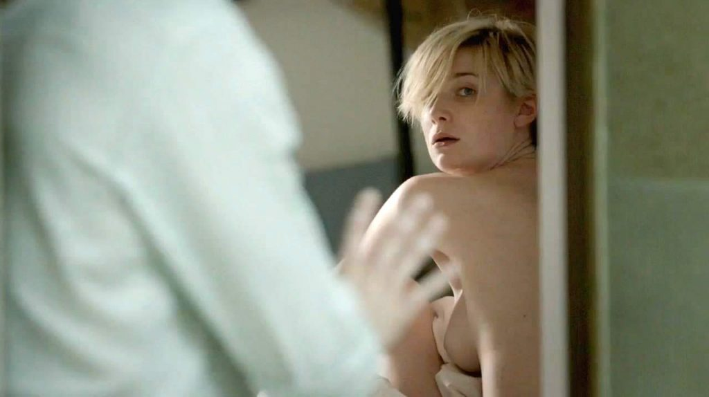 Elizabeth Debicki Topless Scene From The Night Manager -4078