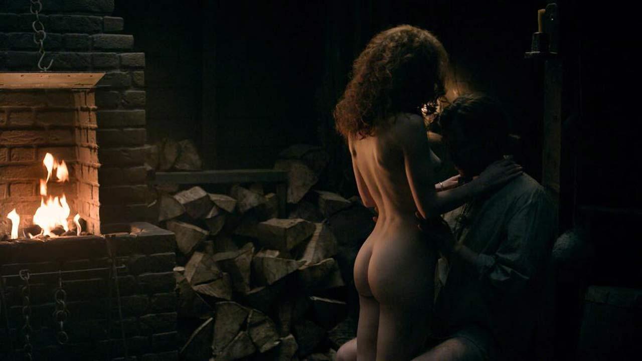 Sophie Skelton Naked Sex Scene From Outlander - Scandalpost-5849