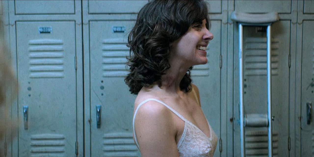 Alison Brie Glow Boobs kia stevens & alison brie nipples from 'glow' - scandalpost