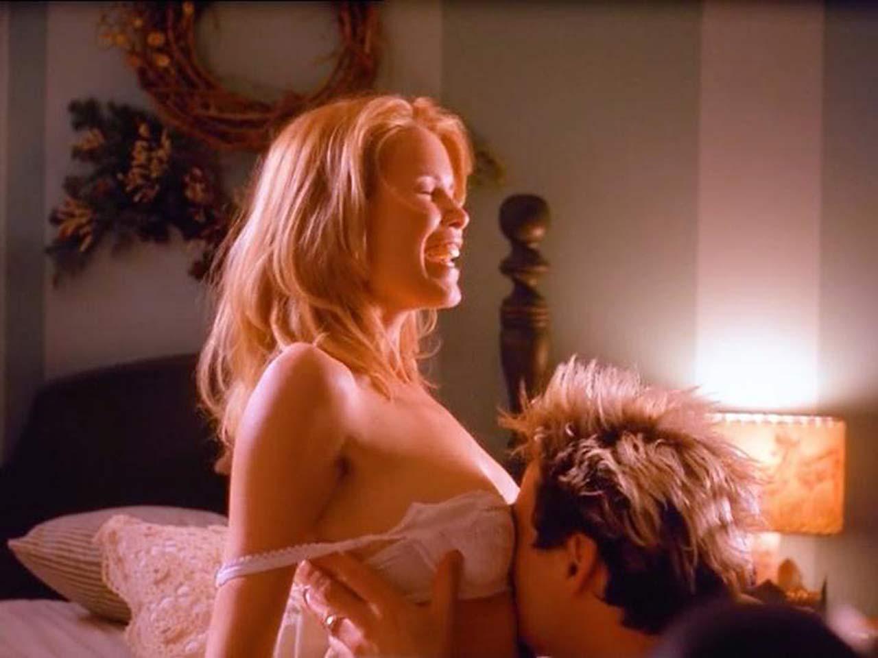 Claudia Schiffer Sex Tape claudia schiffer sexy scene from 'friends & lovers