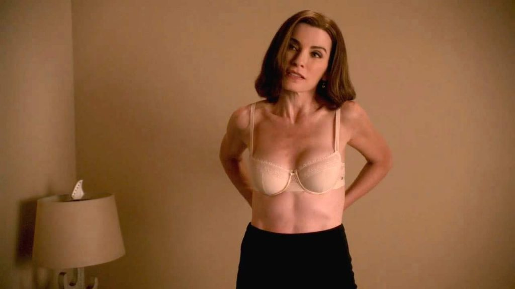 Julianna Margulies Sexy Scene From The Good Wife -2662