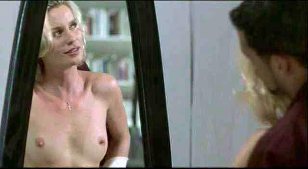 Nicollette Sheridan pussy pic