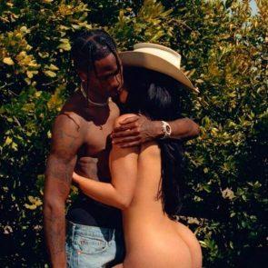 Kylie Jenner naked ass