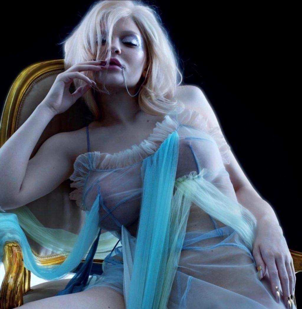 Kylie Jenner Naked  Sexy Xray Pics - Scandalpost-8905