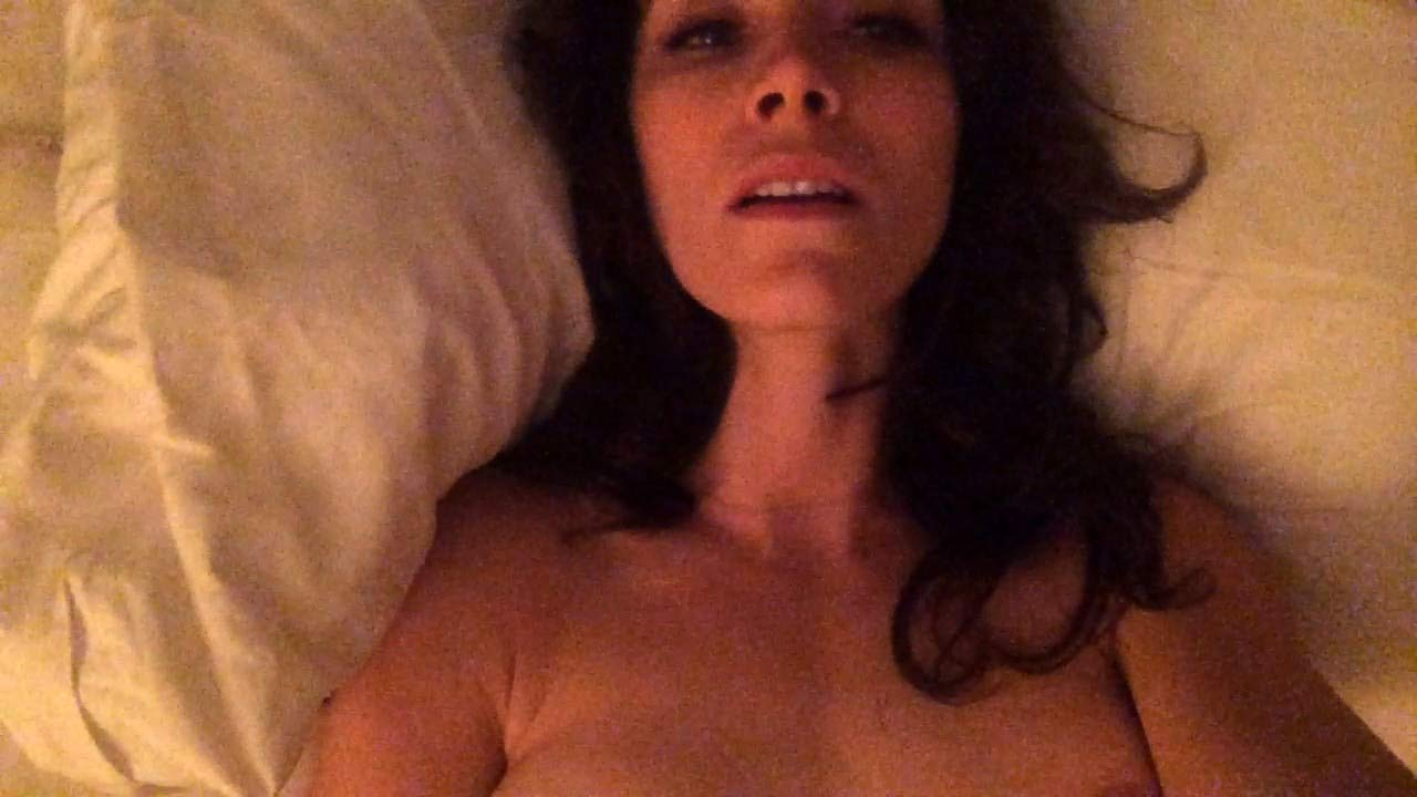 abigail spencer topless