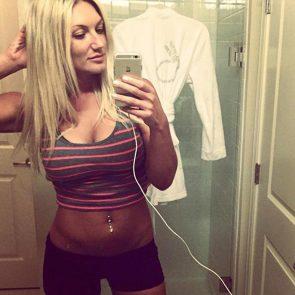 Brooke Hogan hot selfie