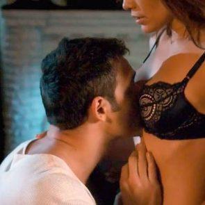 Jennifer Lopez nude sex scene