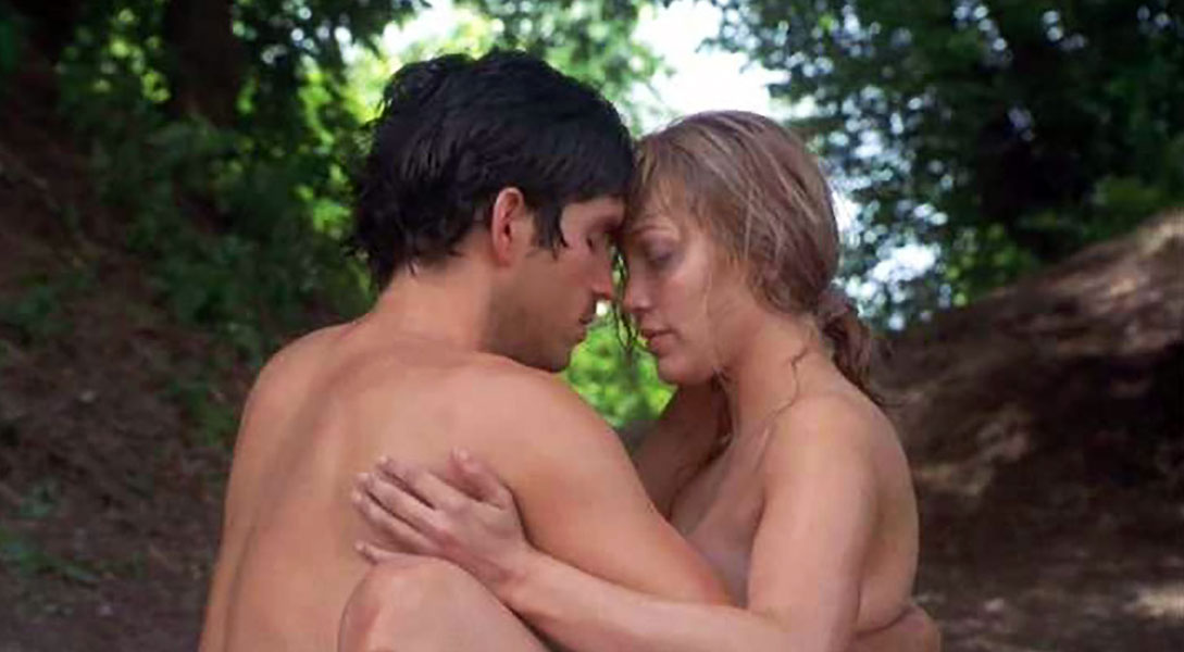 Jennifer Lopez nude in woods