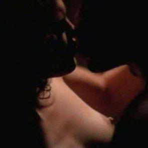 Jennifer Lopez nude nipples