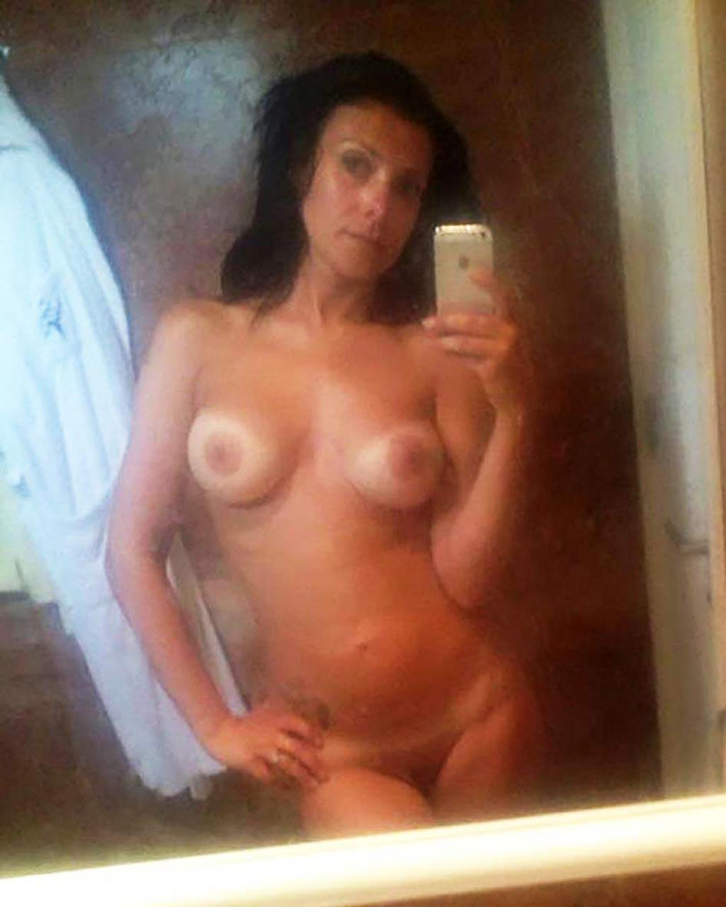 Kym Marsh nude pussy and boobs