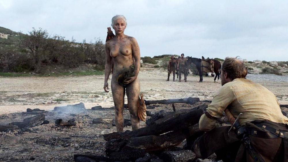 Emilia Clarke nude breasts
