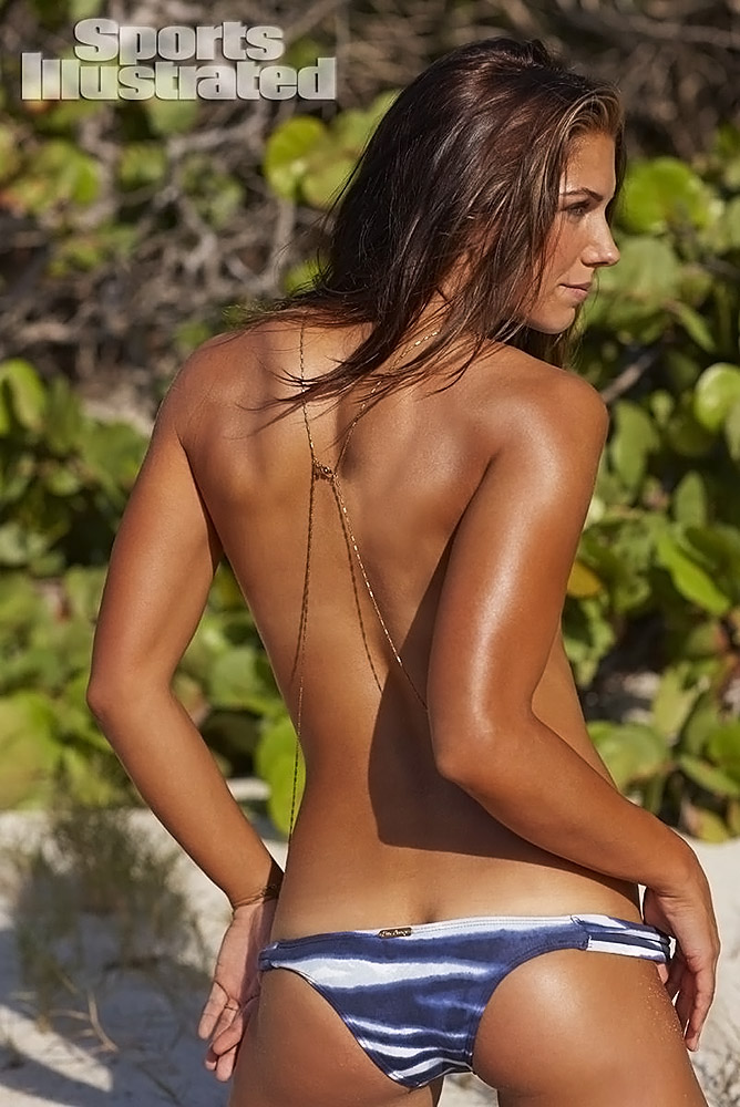 Alex Morgan naked from the back