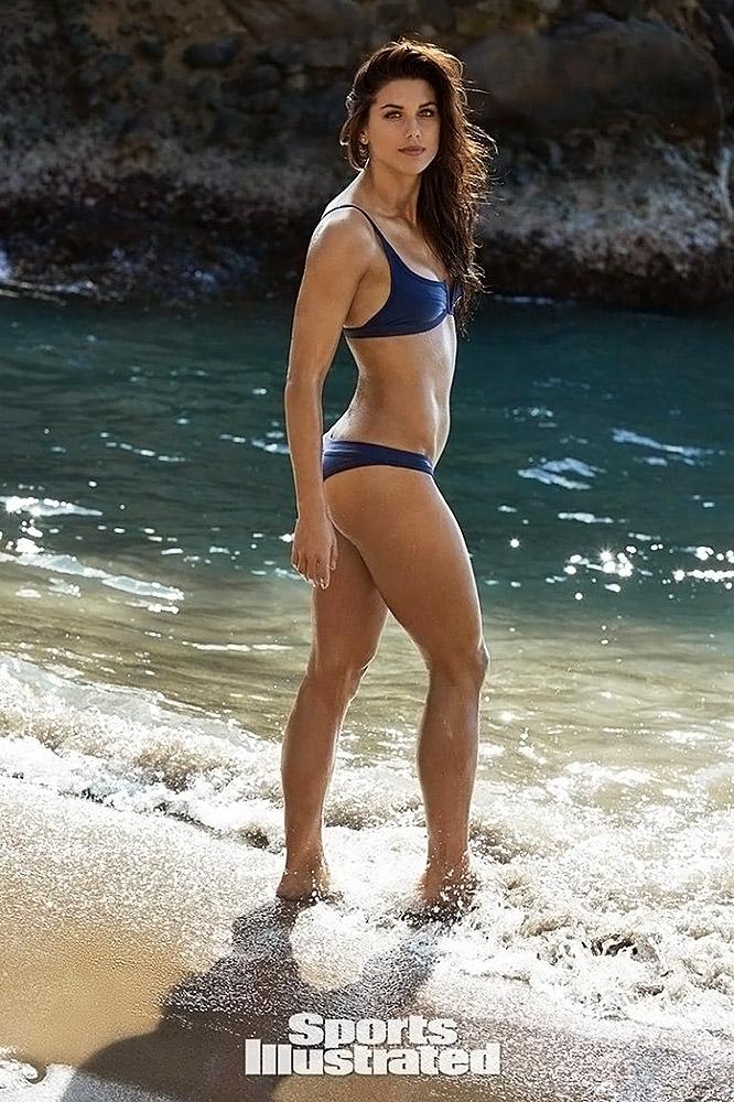 Alex Morgan bikini