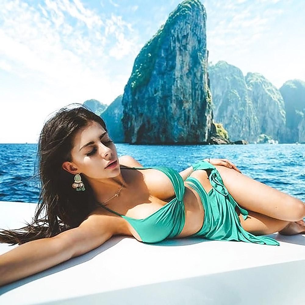 Azzyland sexy