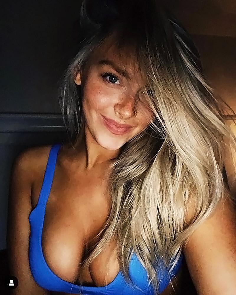 Camille Kostek cleavage