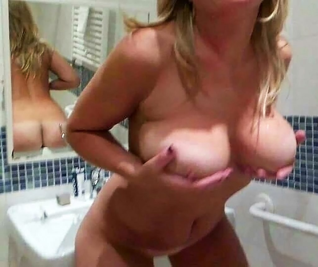 Diletta Leotta boobs and nude pussy