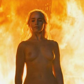 Emilia Clarke sexy and topless