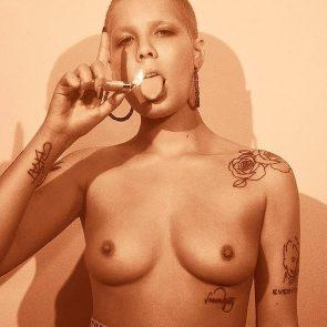 halsey nude boobs