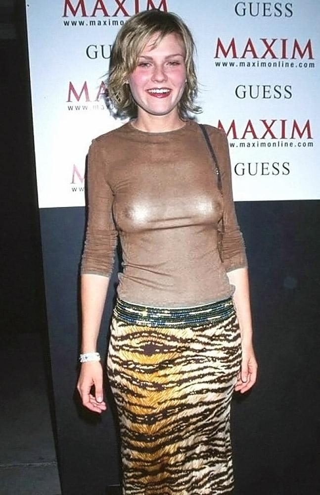 Kirsten Dunst boobs