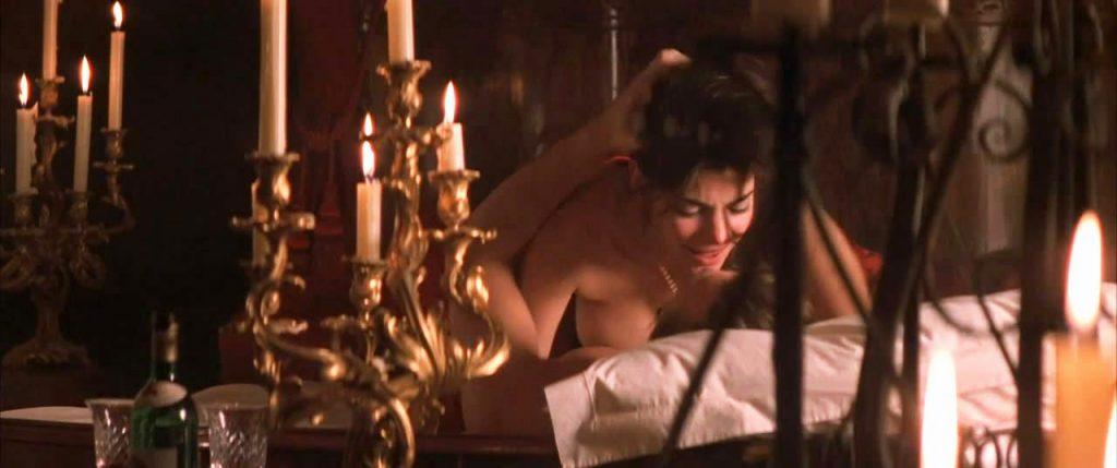 Laura San Giacomo naked sex
