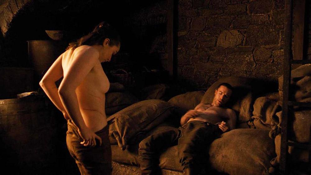 Maisie Williams nude scene