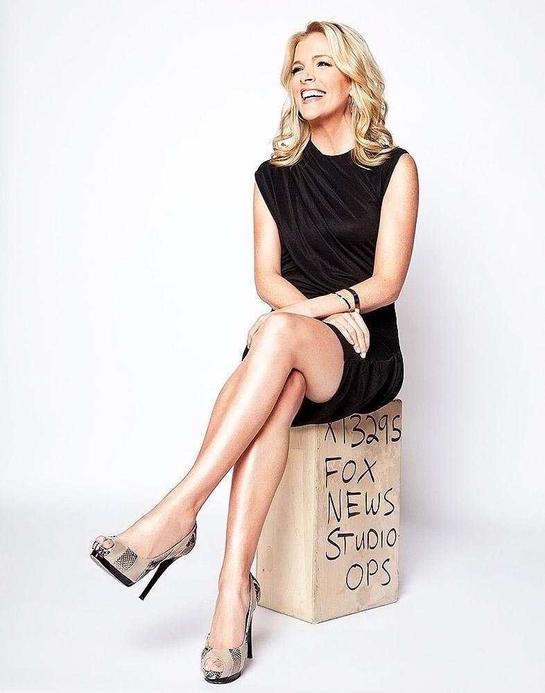 Megyn Kelly hot long legs