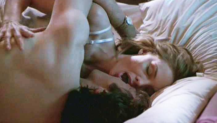 Michelle Pfeiffer moaning