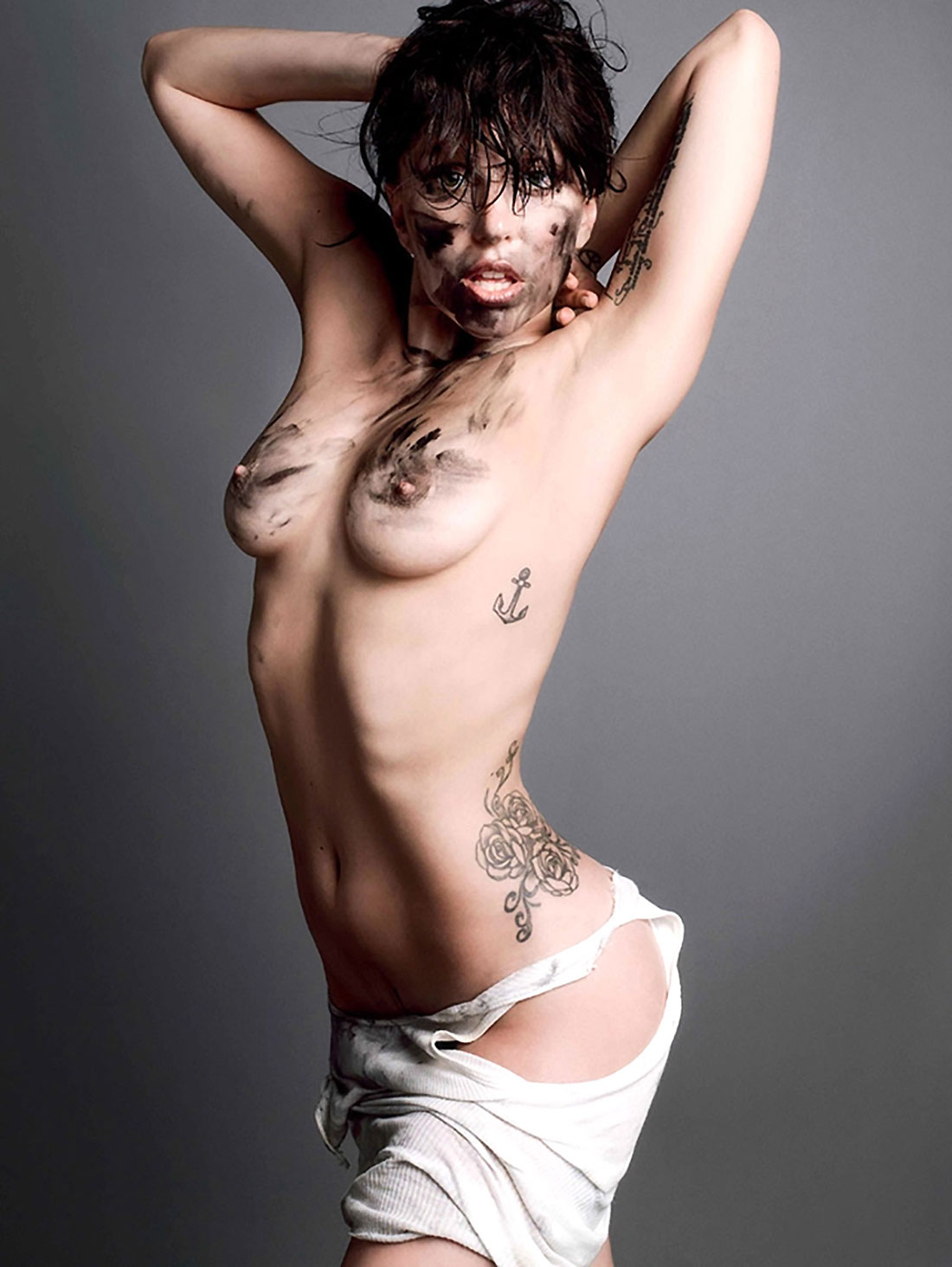 lady gaga nude in a star is born