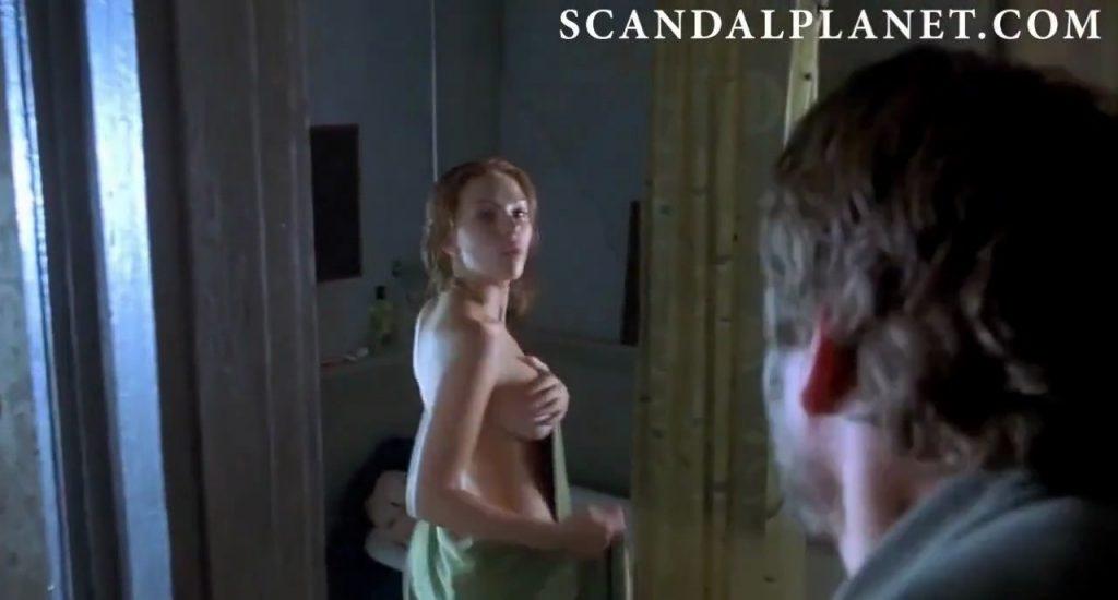 Scarlett Johansson in A LOVE SONG FOR BOBBY LONG side boob