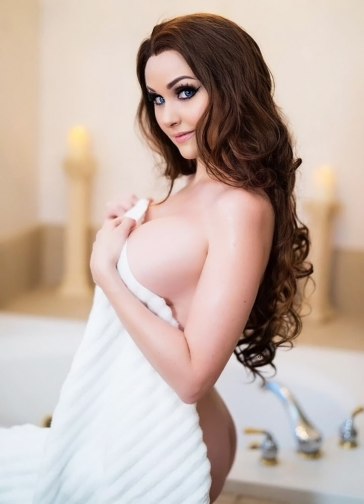 Angie Griffin naked breasts