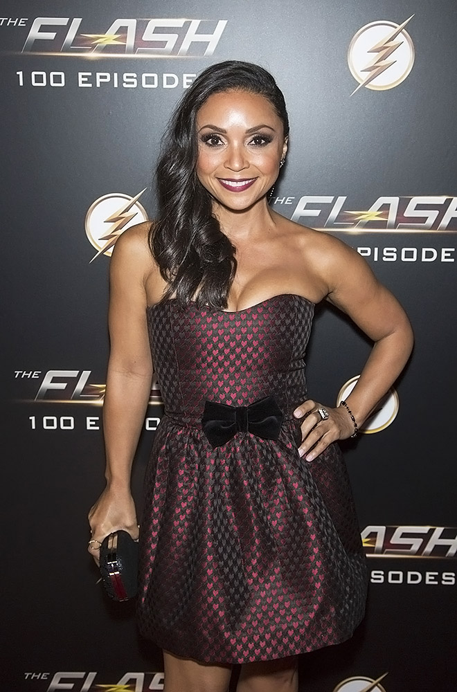 Danielle Nicolet cleavage busty boobs