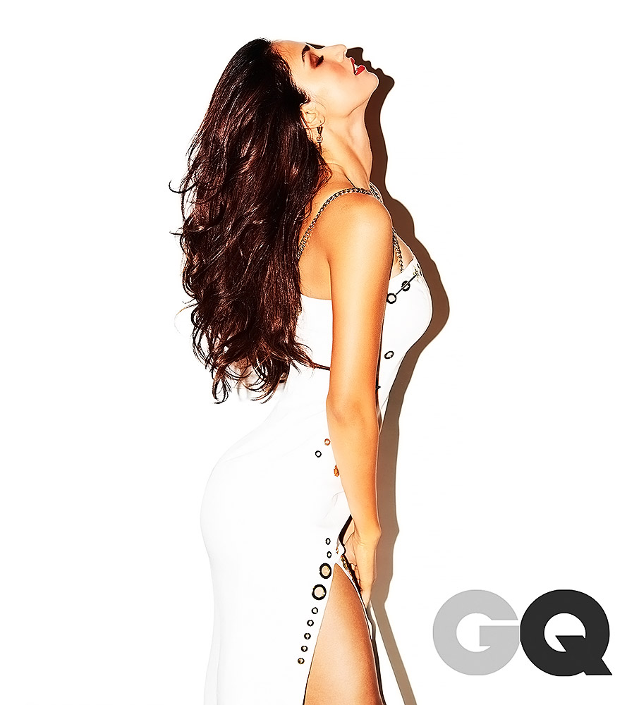 Disha Patani white dress