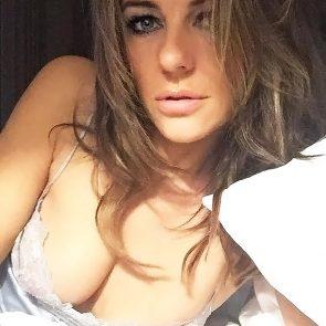 Elizabeth Hurley leaked selfie