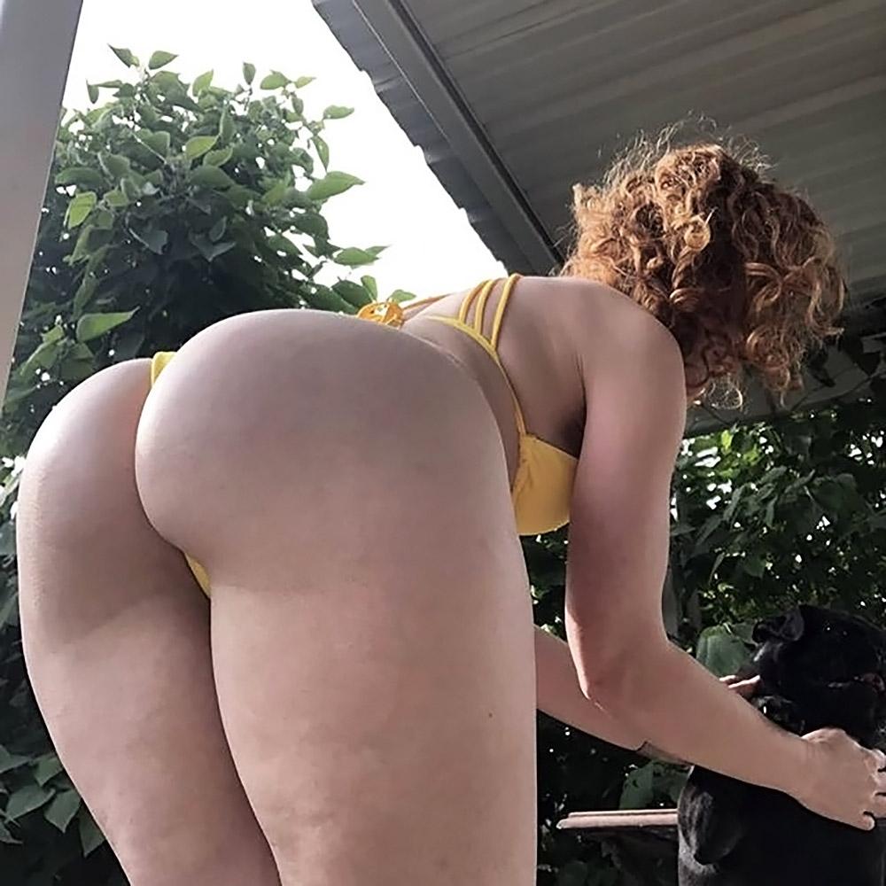 Bikini Ifrit naked ass